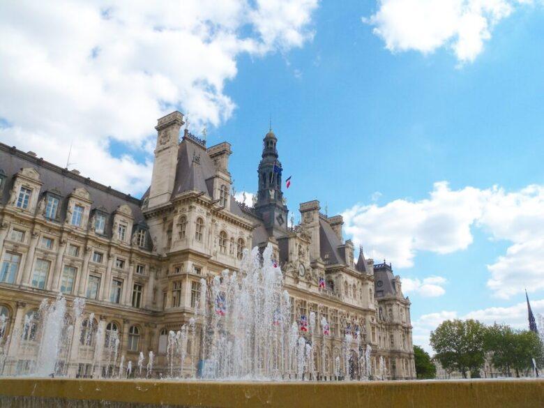 パリの定番観光スポット:オテルドヴィル