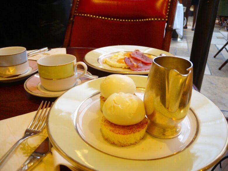 パリのオススメスイーツ:ラデュレの朝ごはん