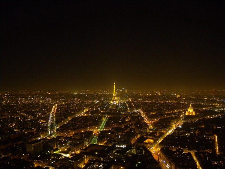 パリ祭の花火を見るのにおすすめ